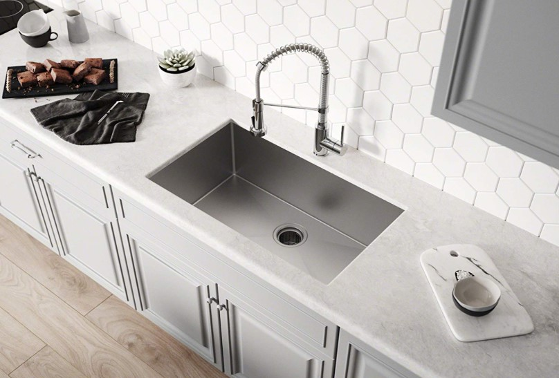Best Kitchen Sinks in 2020 (Stainless Steel, Undermount, Topmount, Drop-In) Reviews