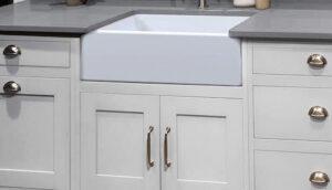 ZUHNE Ostia White Farmhouse Reversible Sink review